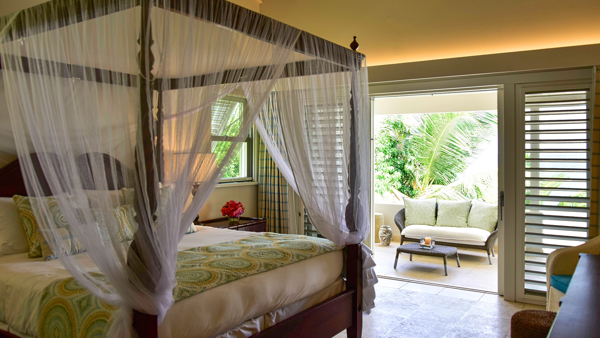 sea breeze 4 bedroom private villa jumby bay antigua. Black Bedroom Furniture Sets. Home Design Ideas